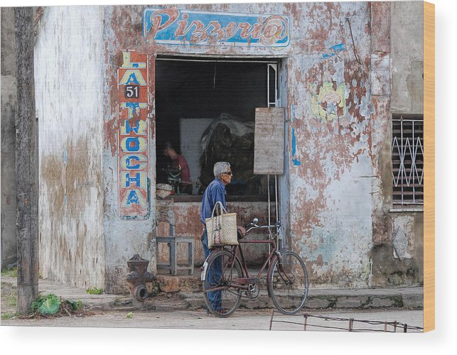 Camaguey; Cuba; Havanna; Habana; Kuba; Pizzeria Wood Print featuring the photograph Ex-pizzeria In Camaguey by Marie Schleich