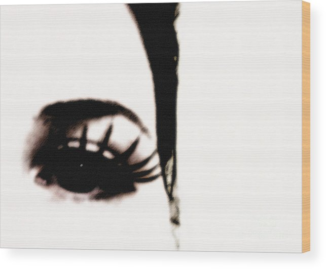 Eye Wood Print featuring the photograph Hello by Amanda Barcon