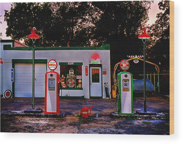 Gas Station Wood Print featuring the photograph Sinclair by Steve Karol