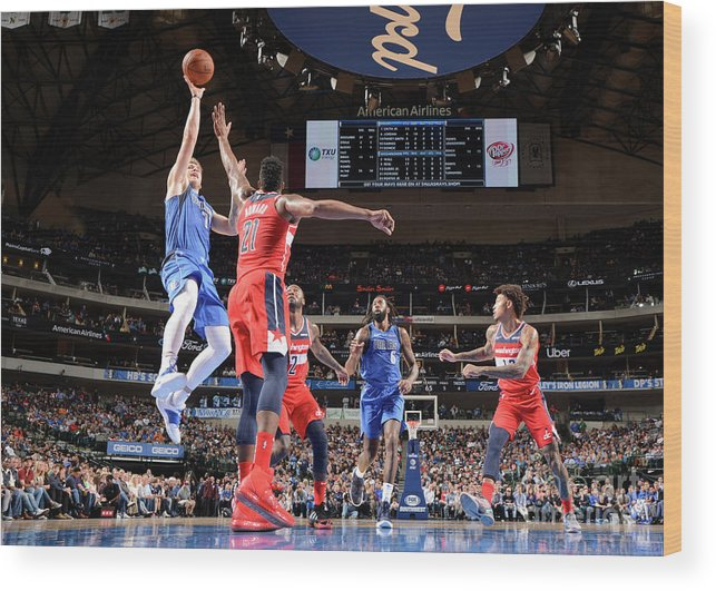 Nba Pro Basketball Wood Print featuring the photograph Washington Wizards V Dallas Mavericks by Glenn James