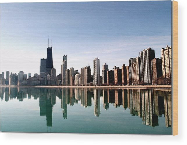 Lake Michigan Wood Print featuring the photograph Chicago Skyline by J.castro