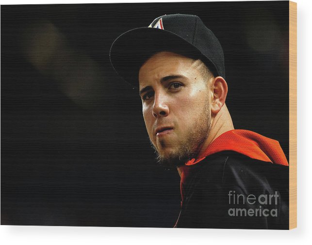 People Wood Print featuring the photograph New York Mets V Miami Marlins by Mike Ehrmann
