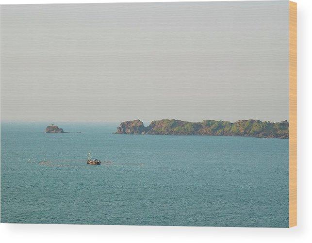 Scenics Wood Print featuring the photograph Cabo De Rama, Goa by Cranjam