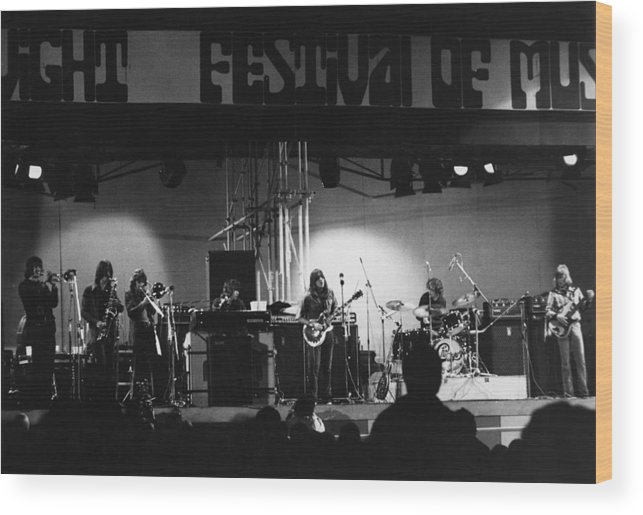 Concert Wood Print featuring the photograph Chicago Play The Isle Of Wight by Tony Russell