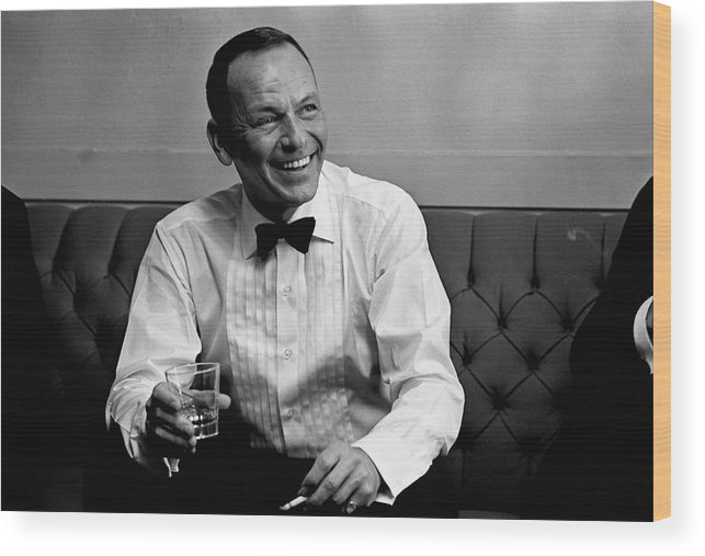 Frank Sinatra Wood Print featuring the photograph Frank Sinatra Backstage At The Sands by John Dominis