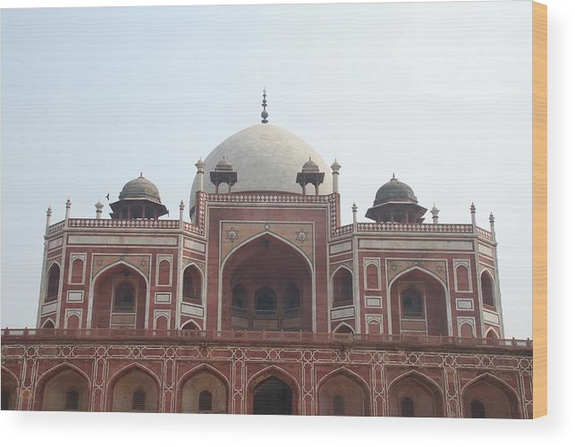 Arch Wood Print featuring the photograph Humayuns Tomb, Delhi by Brajeshwar.me