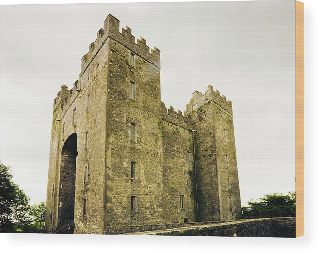 Bunratty Castle Wood Print featuring the photograph Ireland Bunratty Castle In County by Alantobey