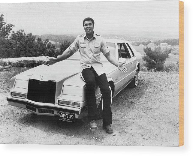 Muhammad Ali - Boxer - Born 1942 Wood Print featuring the photograph Muhammad Ali Car by Afro Newspaper/gado