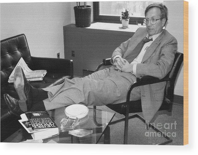 1980-1989 Wood Print featuring the photograph Seymour Hersh by Bettmann