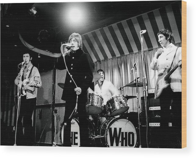 Singer Wood Print featuring the photograph The Who by Paul Popper/popperfoto