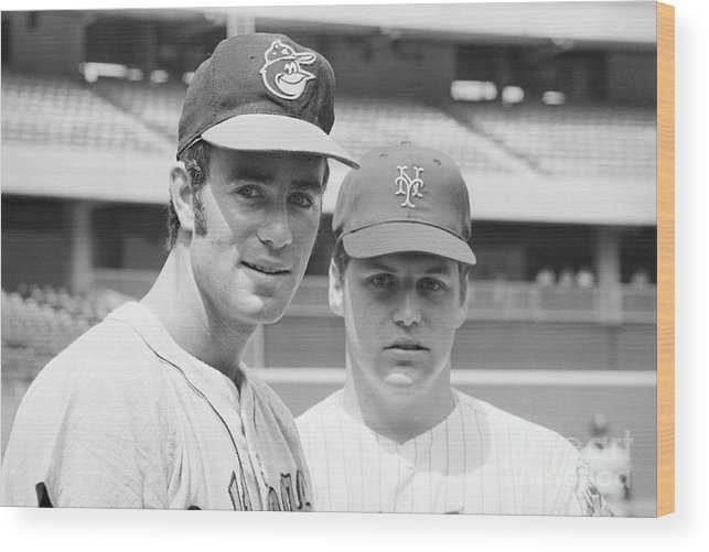 Tom Seaver Wood Print featuring the photograph Tom Seaver And Jim Palmer At Baseball by Bettmann