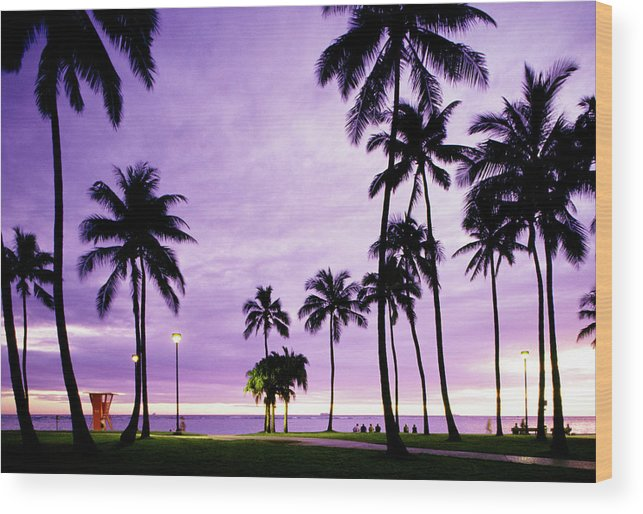 Scenics Wood Print featuring the photograph Usa, Hawaii, Oahu, Honolulu, Waikiki by Maremagnum