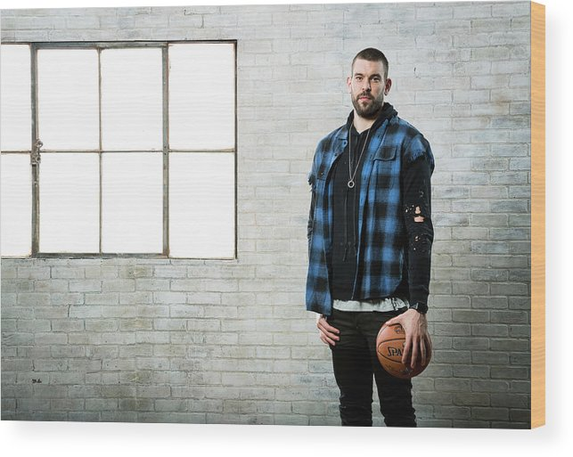 Nba Pro Basketball Wood Print featuring the photograph Marc Gasol by Nathaniel S. Butler