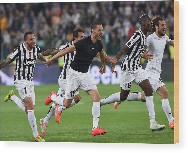 Celebration Wood Print featuring the photograph Juventus v Atalanta BC - Serie A by Giuseppe Bellini