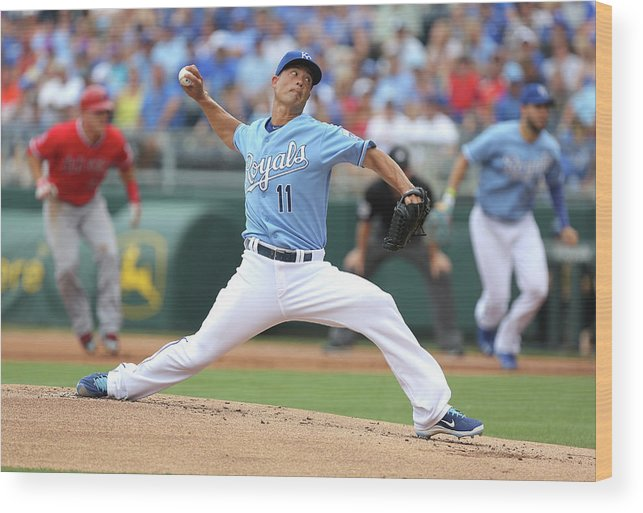 American League Baseball Wood Print featuring the photograph Jeremy Guthrie by Ed Zurga