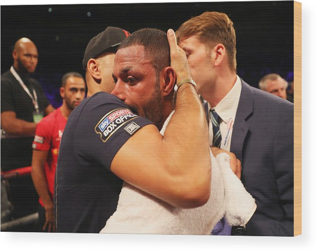 Contest Wood Print featuring the photograph Boxing at O2 Arena by Richard Heathcote