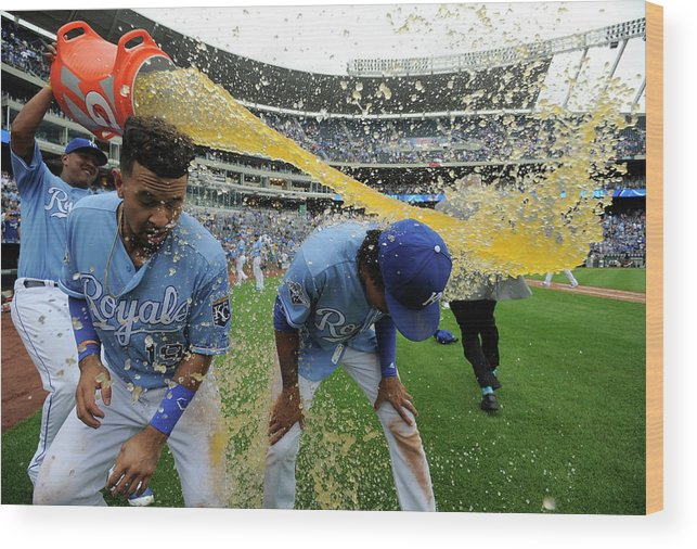 Salvador Perez Diaz Wood Print featuring the photograph Cheslor Cuthbert and Raul Mondesi by Ed Zurga