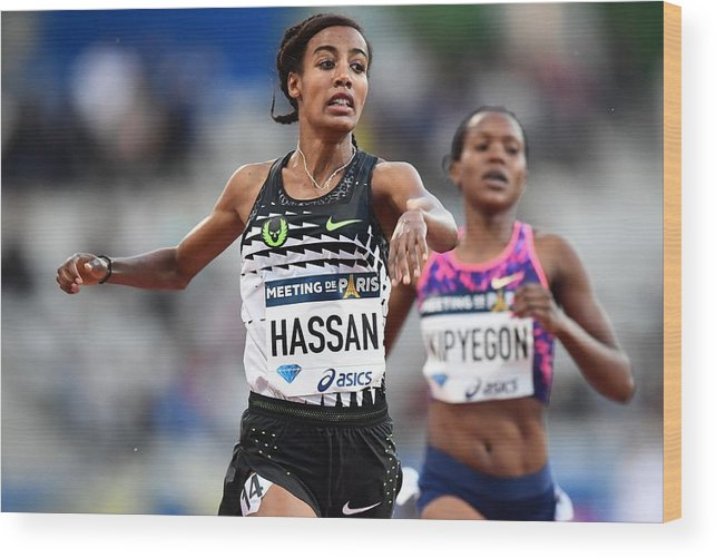 1500 Meter Wood Print featuring the photograph IAAF Diamond League Paris by Anadolu Agency