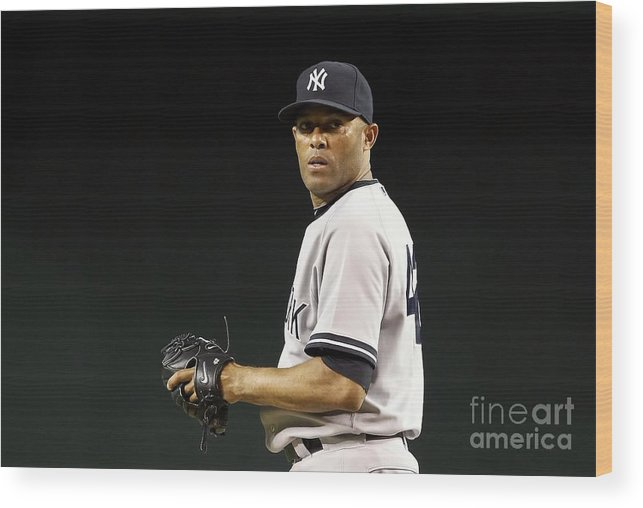 American League Baseball Wood Print featuring the photograph Mariano Rivera by Christian Petersen