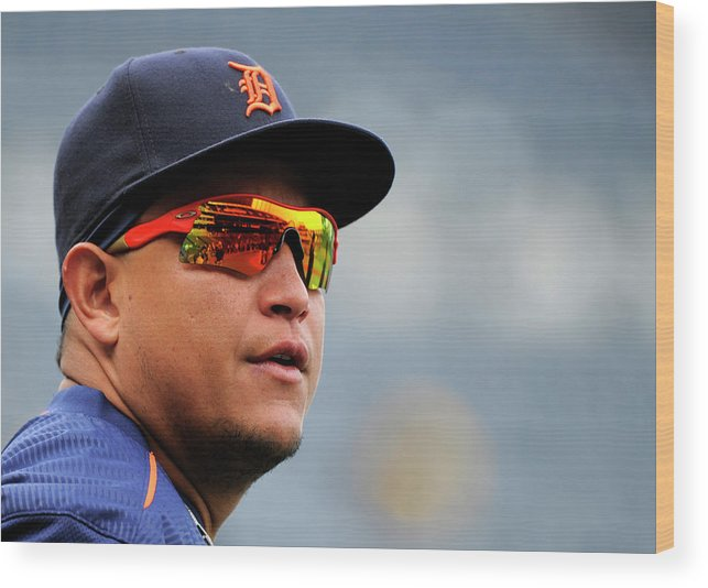 People Wood Print featuring the photograph Miguel Cabrera by Ed Zurga