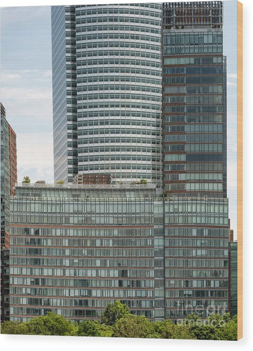 Riverhouse Wood Print featuring the photograph Riverhouse, One Rockefeller Park At 2 River Terrace In Battery Park City by David Oppenheimer