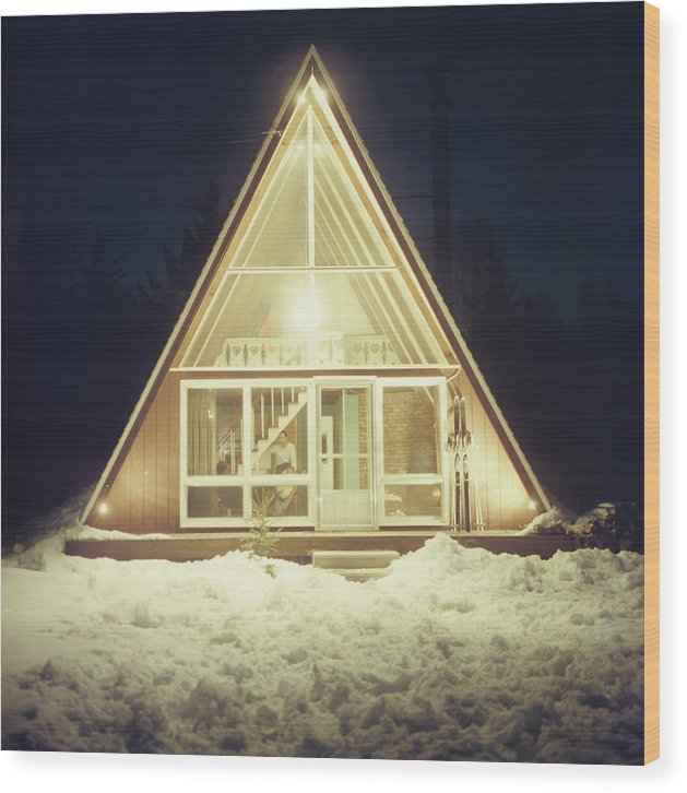 Triangle Shape Wood Print featuring the photograph Skaal House In Stowe by Slim Aarons