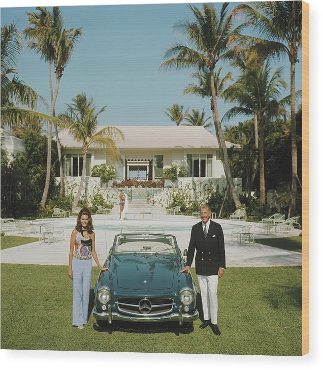 Finance And Economy Wood Print featuring the photograph The Fullers by Slim Aarons