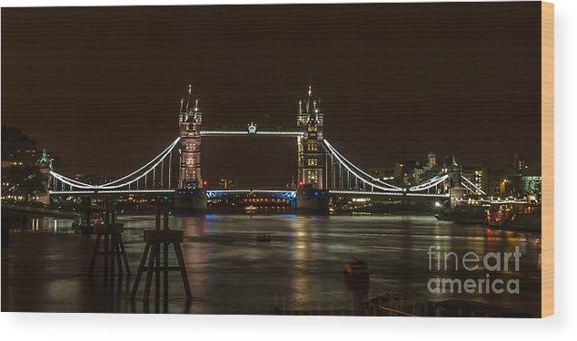 London Wood Print featuring the photograph Tower Bridge by Jorgen Norgaard
