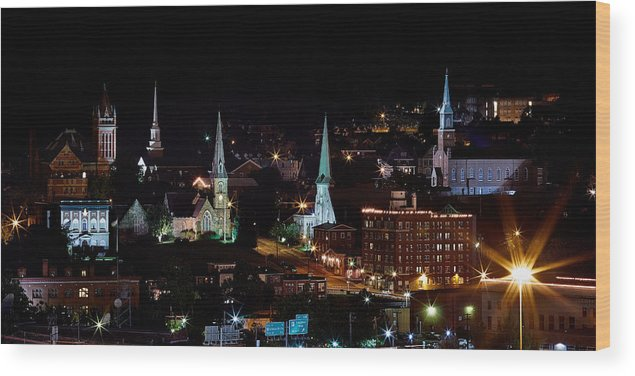 Maryland Wood Print featuring the photograph The Steeple City by Brian Simpson