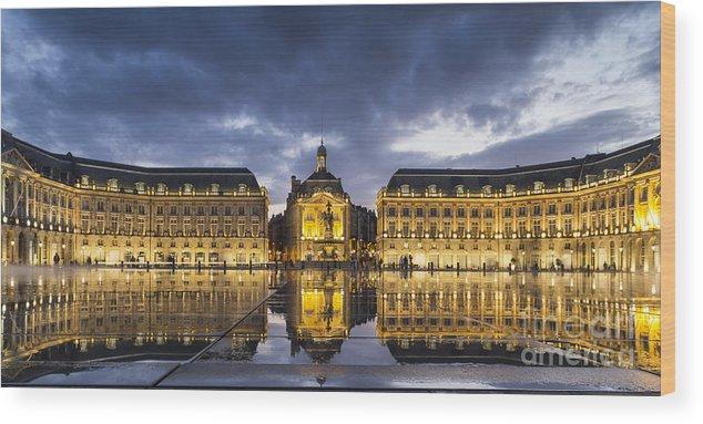 Bordeaux Wood Print featuring the photograph Bordeaux Place De La Bourse by Pier Giorgio Mariani