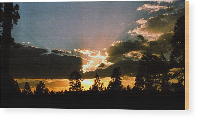 Arizona Wood Print featuring the photograph Inspiration Sunset by Randy Oberg