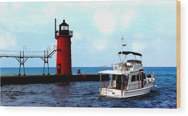 South Haven South Pier Lighthouse Wood Print featuring the photograph South Haven Michigan Lighthouse By Earl's Photography by Earl Eells a