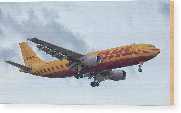Plane Wood Print featuring the photograph Delivery by Martin Newman