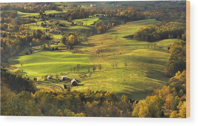 Shenandoah Valley Wood Print featuring the photograph Autumn - Shenandoah Valley by Stephen Vecchiotti