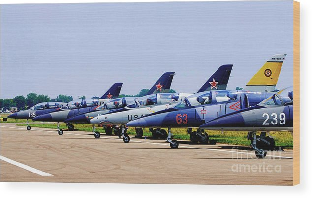Airplanes Wood Print featuring the photograph Flight Line At The E.a.a. by Robert Kleppin