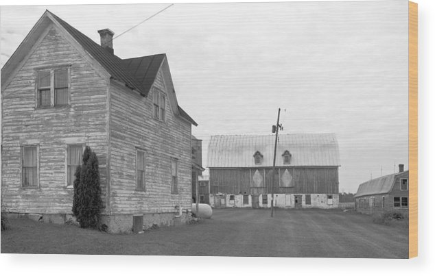 Wood Print featuring the photograph Old House With Barn On Clarks Lake Road by Stephen Mack