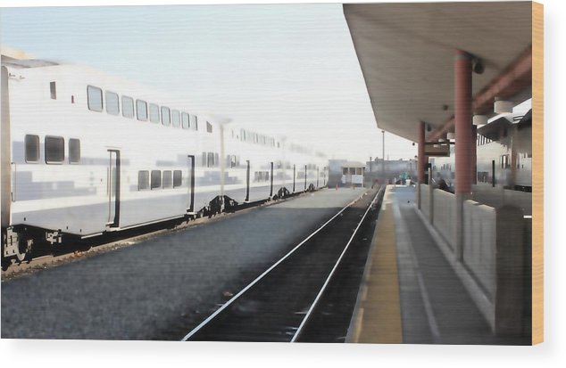 Train Wood Print featuring the photograph Union Station 0618 by Edward Ruth