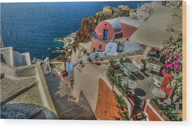 Mediterranean Wood Print featuring the photograph Down To The Beach by Capt Gerry Hare