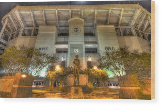 12th Man Wood Print featuring the photograph Kyle Field by David Morefield