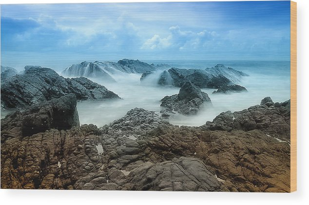 Seascape Photography Wood Print featuring the photograph Rocky Forster 0001 by Kevin Chippindall