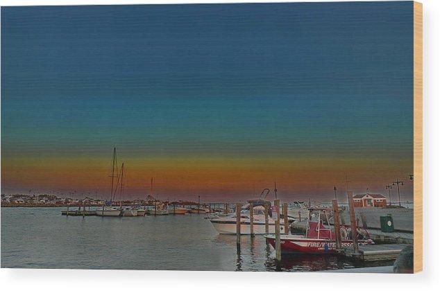 Lindenhurst Ny Wood Print featuring the photograph Sundown East by Tony Ambrosio