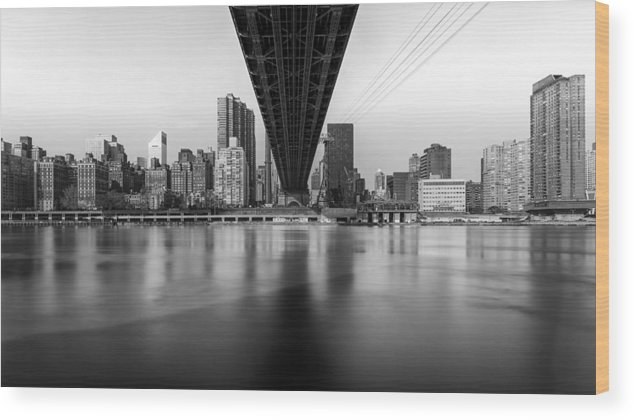 New York Wood Print featuring the photograph Under The Bridge by Maico Presente