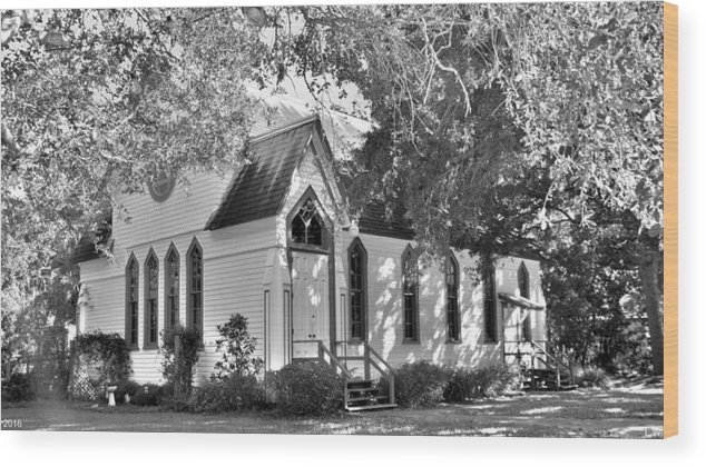 Historic Andrews Memorial Chape Dunedin Florida Black And Whitel Wood Print featuring the photograph Historic Andrews Memorial Chapel Dunedin Florida Black And White by Lisa Wooten