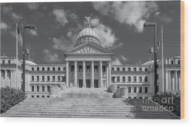 Architectural Wood Print featuring the photograph Mississippi State Capitol Bw by Jerry Fornarotto