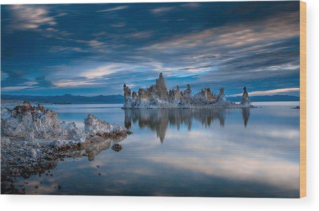 Mono Lake Wood Print featuring the photograph Mono Lake Tufas by Ralph Vazquez