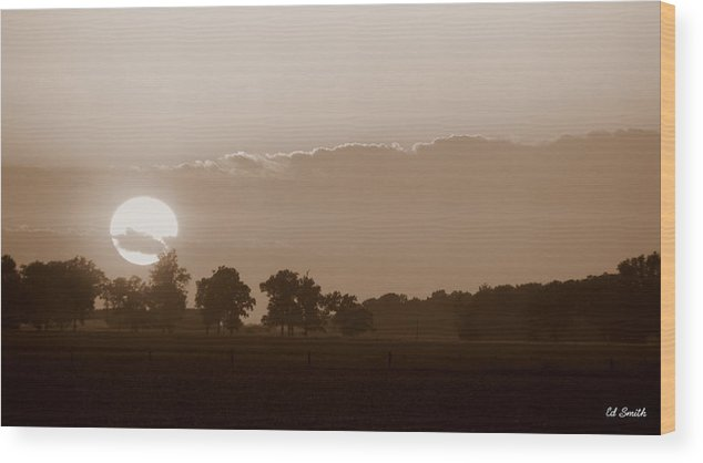 Sunday Sunset Wood Print featuring the photograph Sunday Sunset by Ed Smith