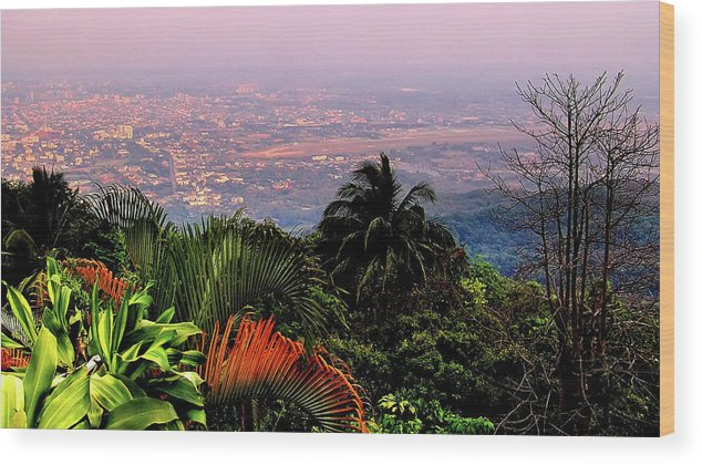 Scenics Wood Print featuring the photograph Chiang Mai by Davidhuiphoto