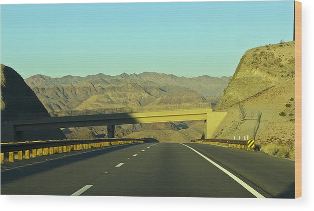 Landscape Wood Print featuring the photograph Hwy 93 #2 by Juan Gonzalez