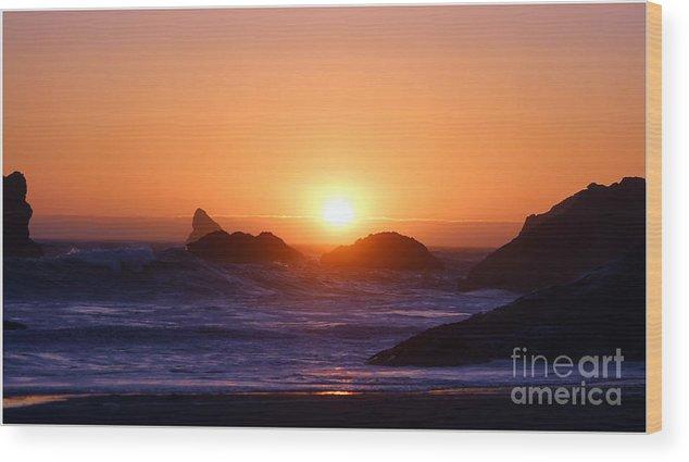 Sunset Wood Print featuring the photograph Sunset On Harris Beach by Irina Hays