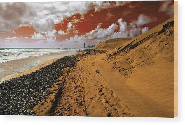 Red Wood Print featuring the photograph Beach Under A Blood Red Sky by Rob Hawkins